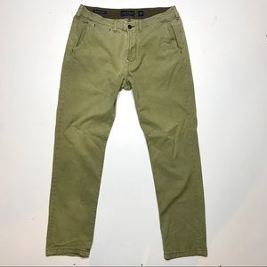 Lucky Brand Men's 410 Athletic Fit Chino Pants 34R